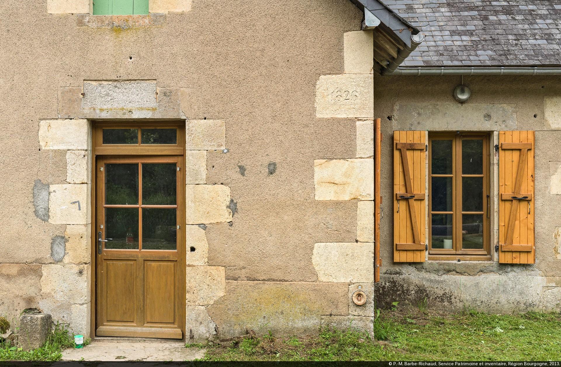 Canaux de bourgogne typologie des maisons for Maison pierre de taille