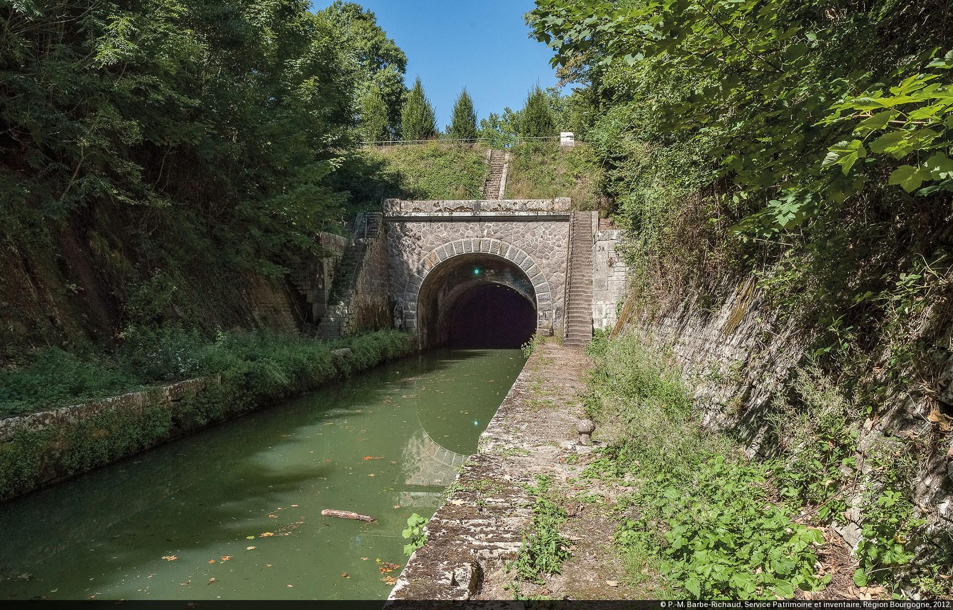 Entre Du Tunnel De Pouilly Crancey Bief Partage